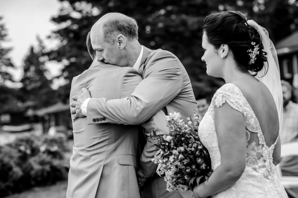 white-point-wedding-brittany-jeff-emma-applehead-14