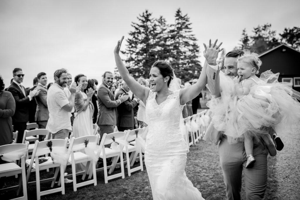 white-point-wedding-brittany-jeff-emma-applehead-22