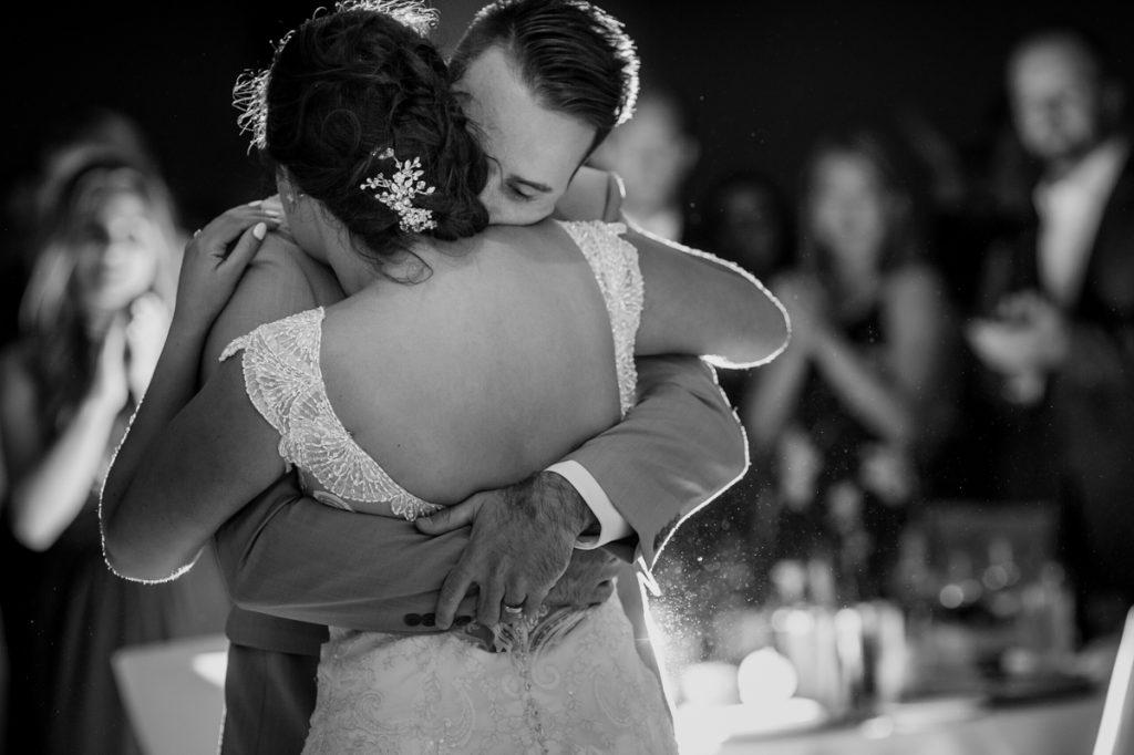 white-point-wedding-brittany-jeff-emma-applehead-28