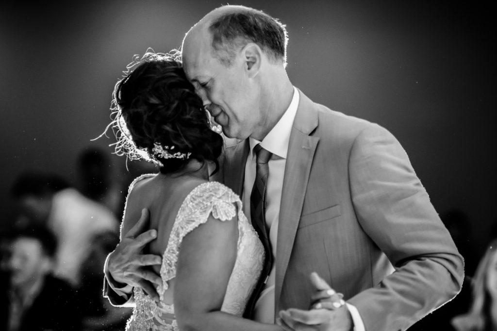 white-point-wedding-brittany-jeff-emma-applehead-32