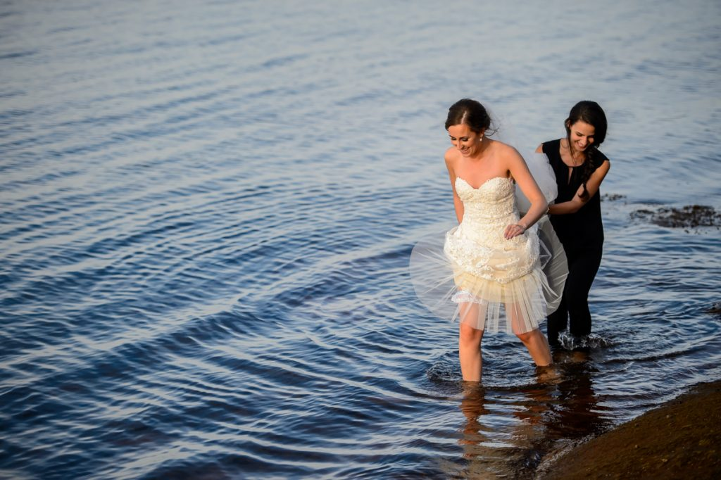 applehead-pat-brittany-fox-harbour-wedding-bride-slip-fall-water18