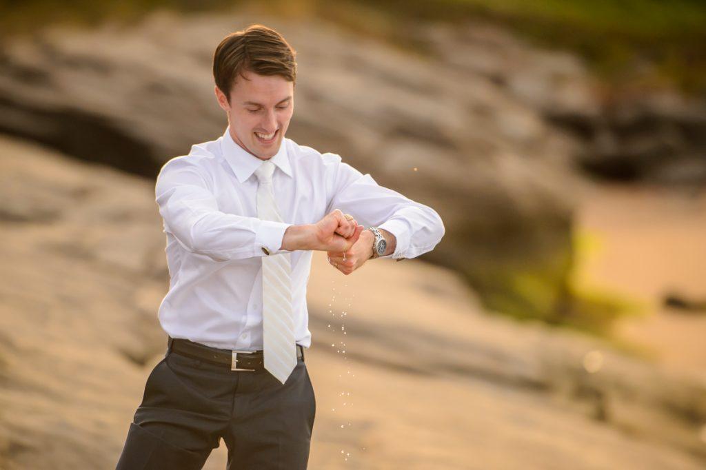 applehead-pat-brittany-fox-harbour-wedding-bride-slip-fall-water20